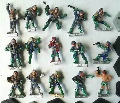 15-vintage-citadel-1980s-metal-judge-dredd-miniatures